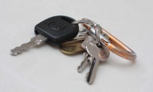 Autó nyitás kulcs nélkül